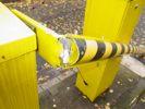Zerstörte Schranke am Blauen Turm Campus Göttingen