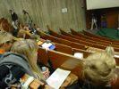 Studieren am Montagmorgen fast leerer Hörsaal