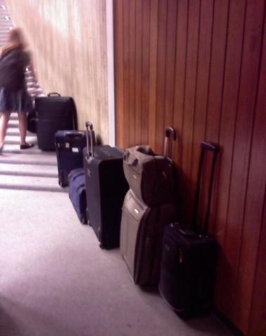 Koffer-Trolley-In-Der-Vorlesung