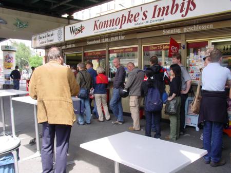 Berliner Tradition Konnopkes Imbiss
