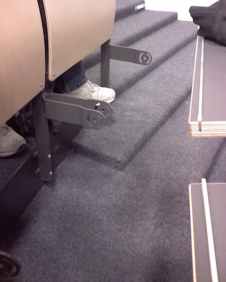 fehlende Sitzplätze im ZHG 008 der Uni Göttingen