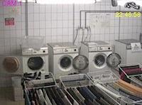 Webcam-im-Waschraum-Studentenwohnheim