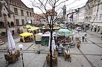 Ostermarkt auf dem Göttinger Marktplatz