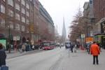 Blick vom Hamburger Hauptbahnhof auf die Mönckebergstraße